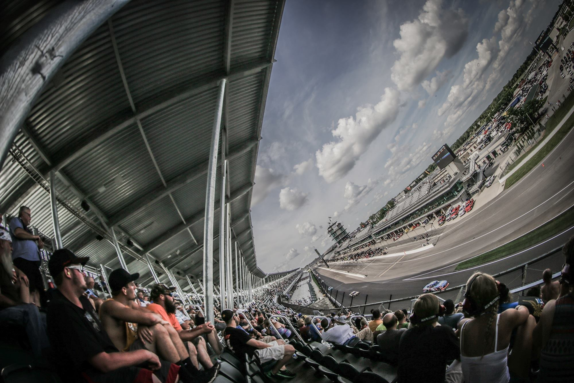 Indianapolis Motor Speedway fans hit by golf Cart