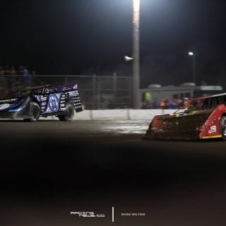 Scott Bloomquist and Tim McCreadie at Brown County Speedway 9788