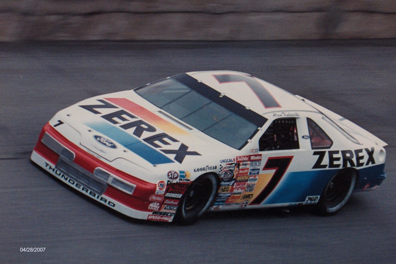 1989 Alan Kulwicki - Ryan Reed Throwback Paint Scheme