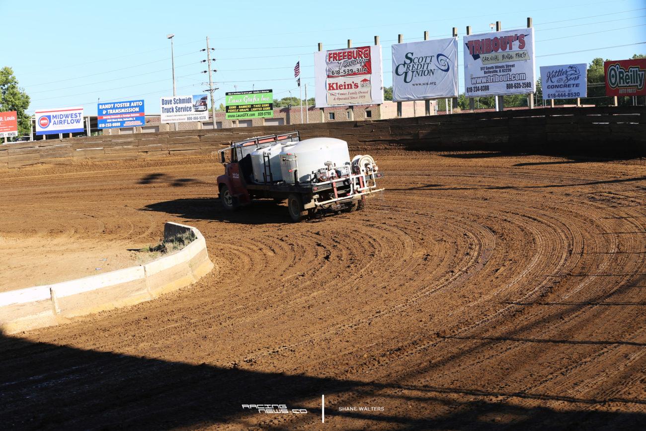 Belle-Clair Speedway dirt track 2235