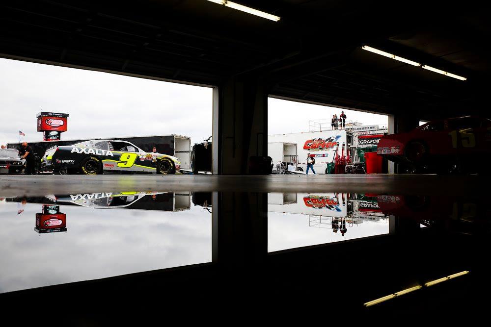 Dale Earnhardt Jr - Cost of running a NASCAR Xfinity team? - Profits?