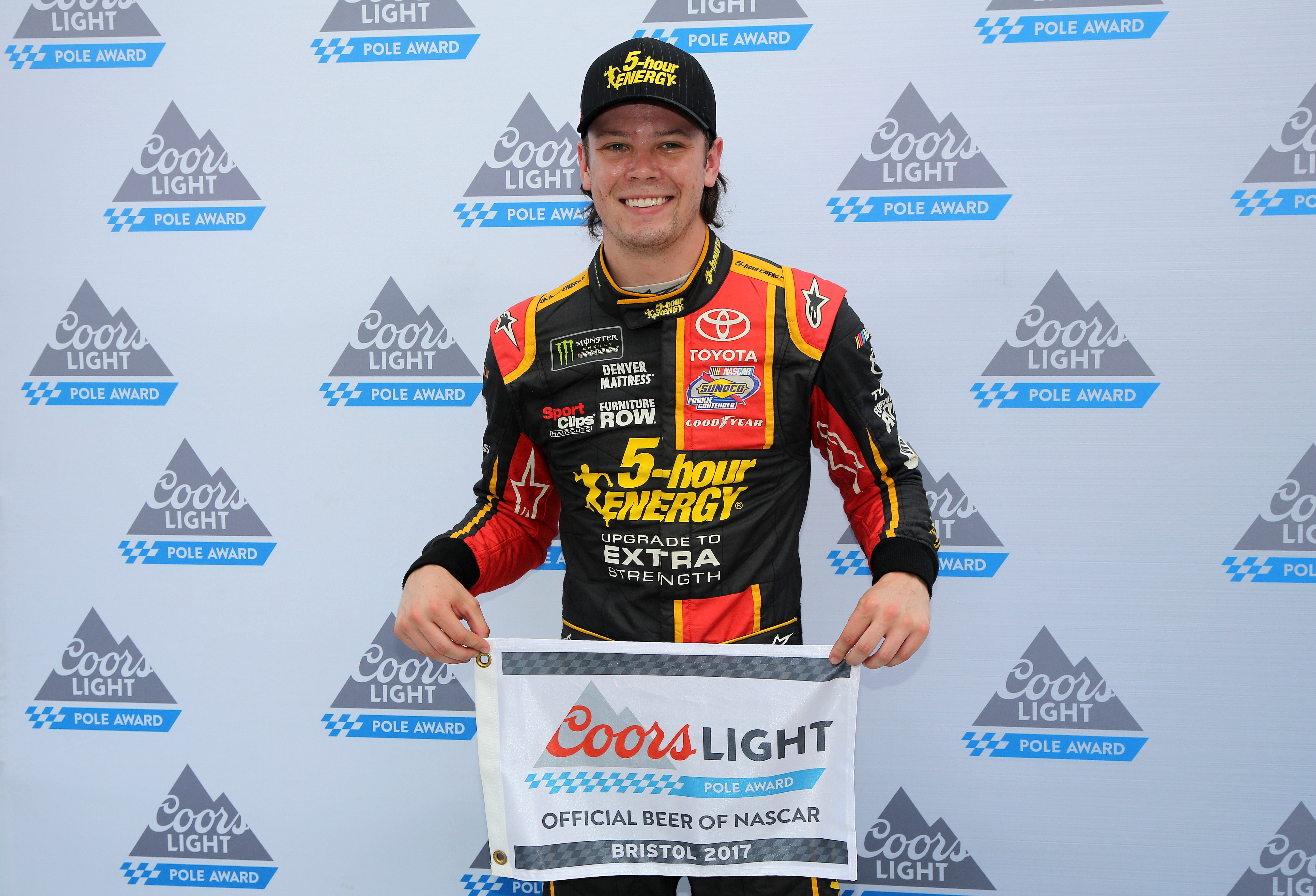 First pole position for Erik Jones - Bristol Motor Speedway 2017