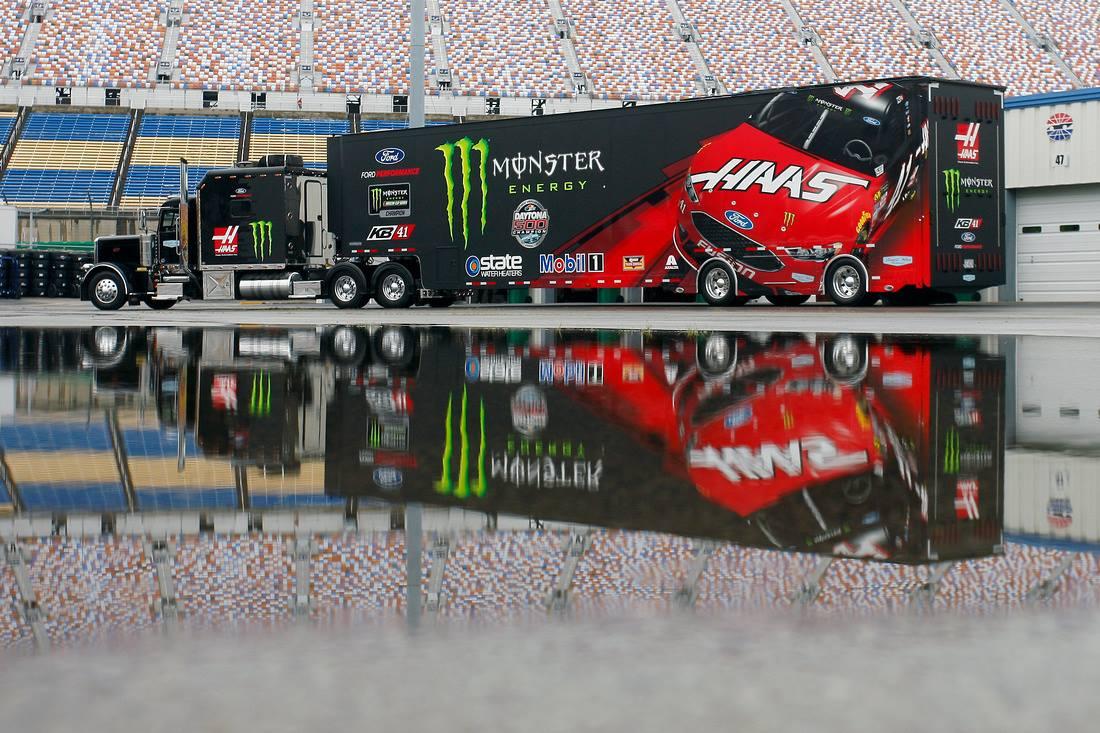 Kurt Busch Stewart-Haas Racing
