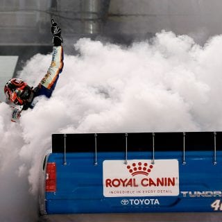 Kyle Busch upsets the snokeflake crowd