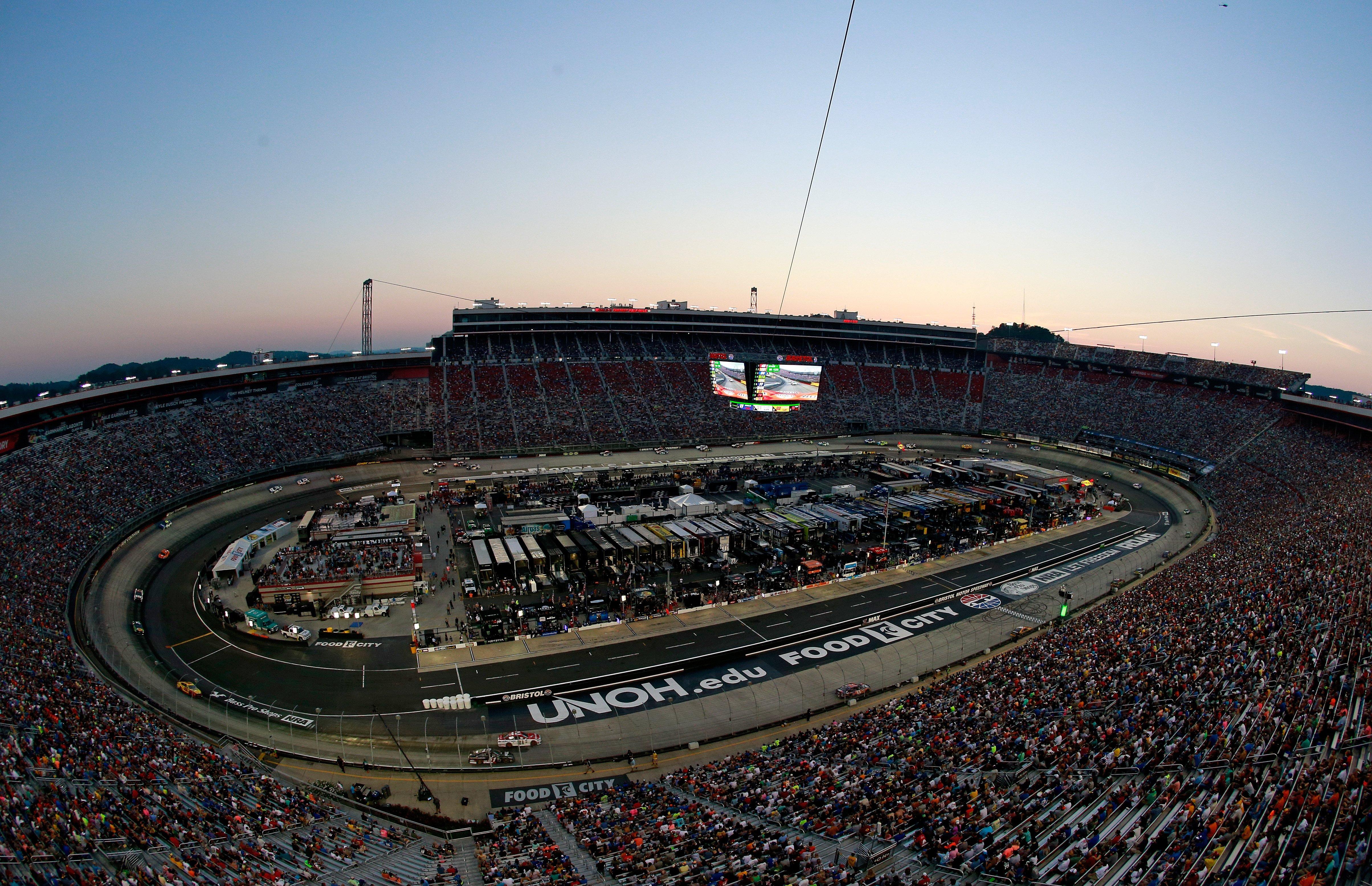 NASCAR attendance numbers - Bristol Motor Speedway night race