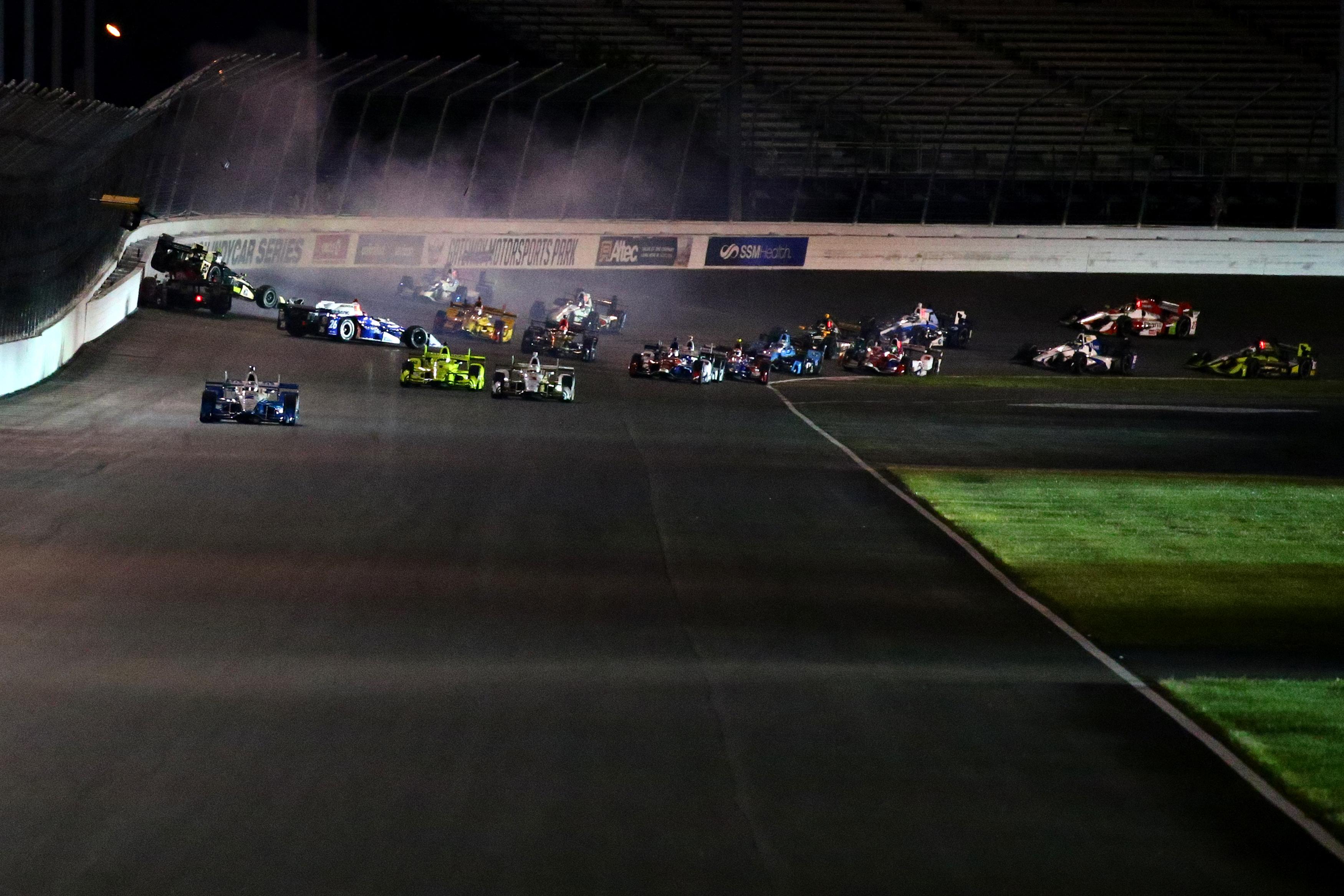 Will Power crash at Gateway Motorsports Park