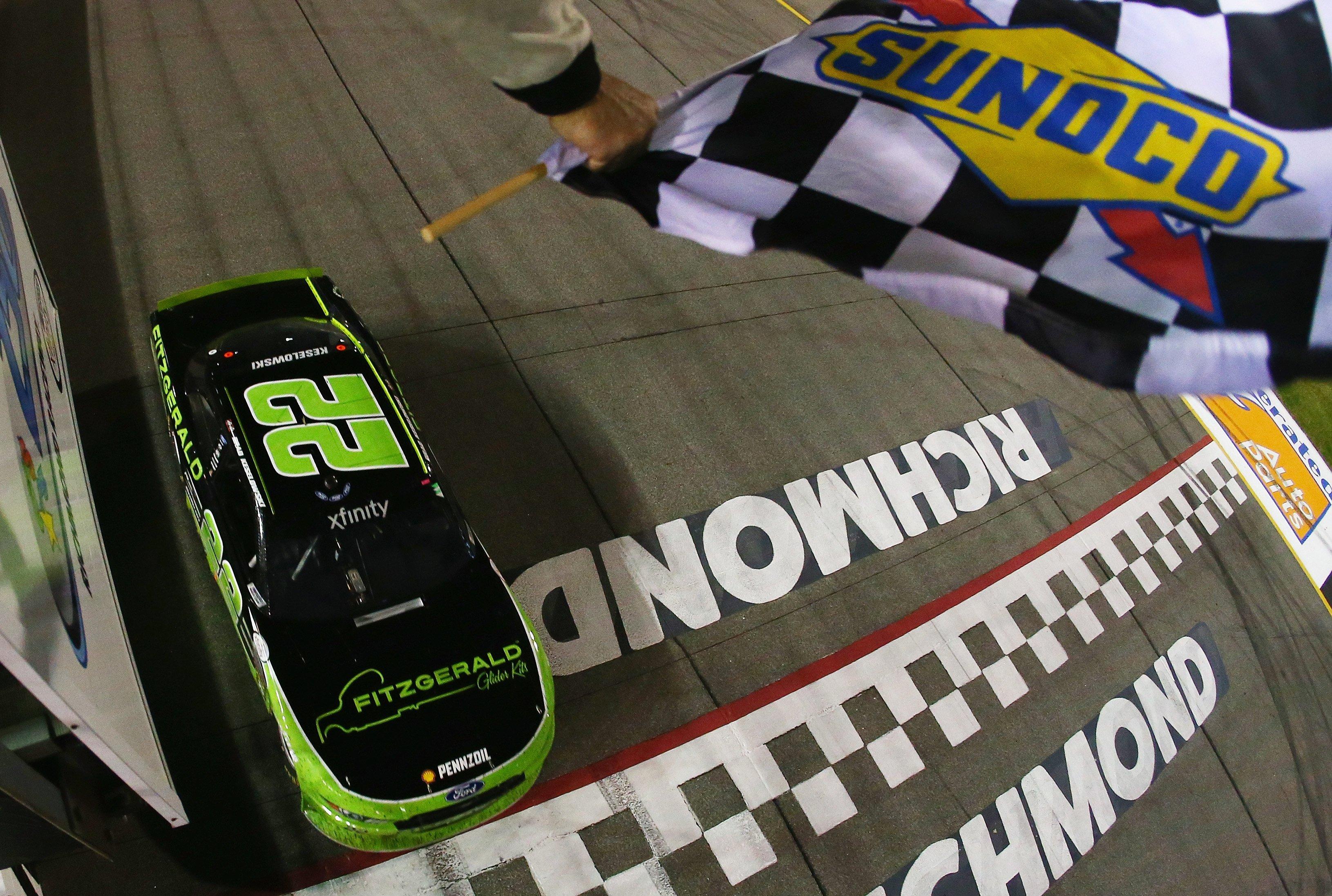 Brad Keselowski wins at Richmond Raceway