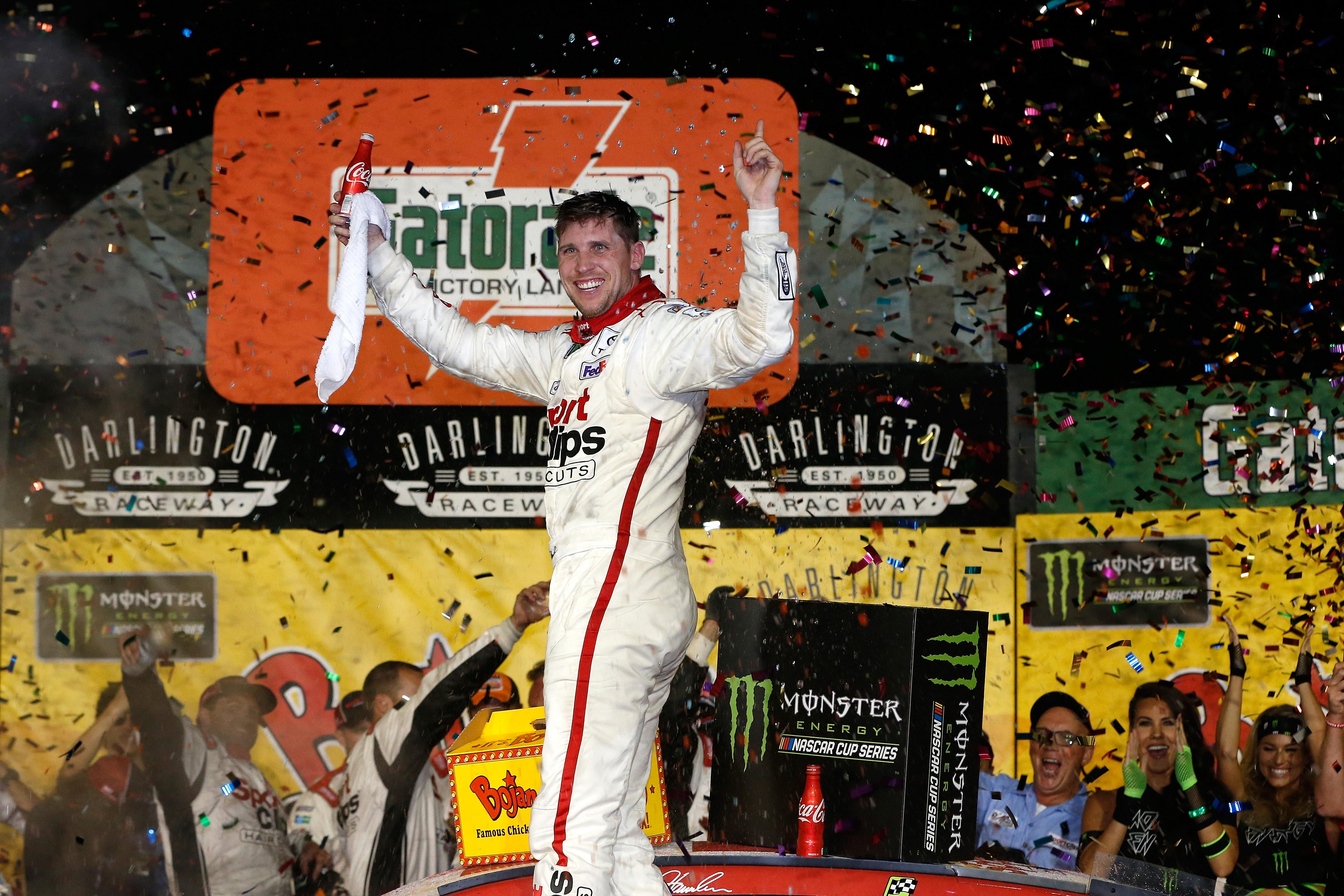 Denny Hamlin 2017 Darlington Raceway winner