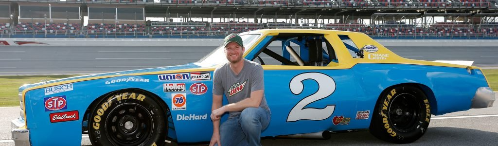 Dale Earnhardt Jr comments on plane crash