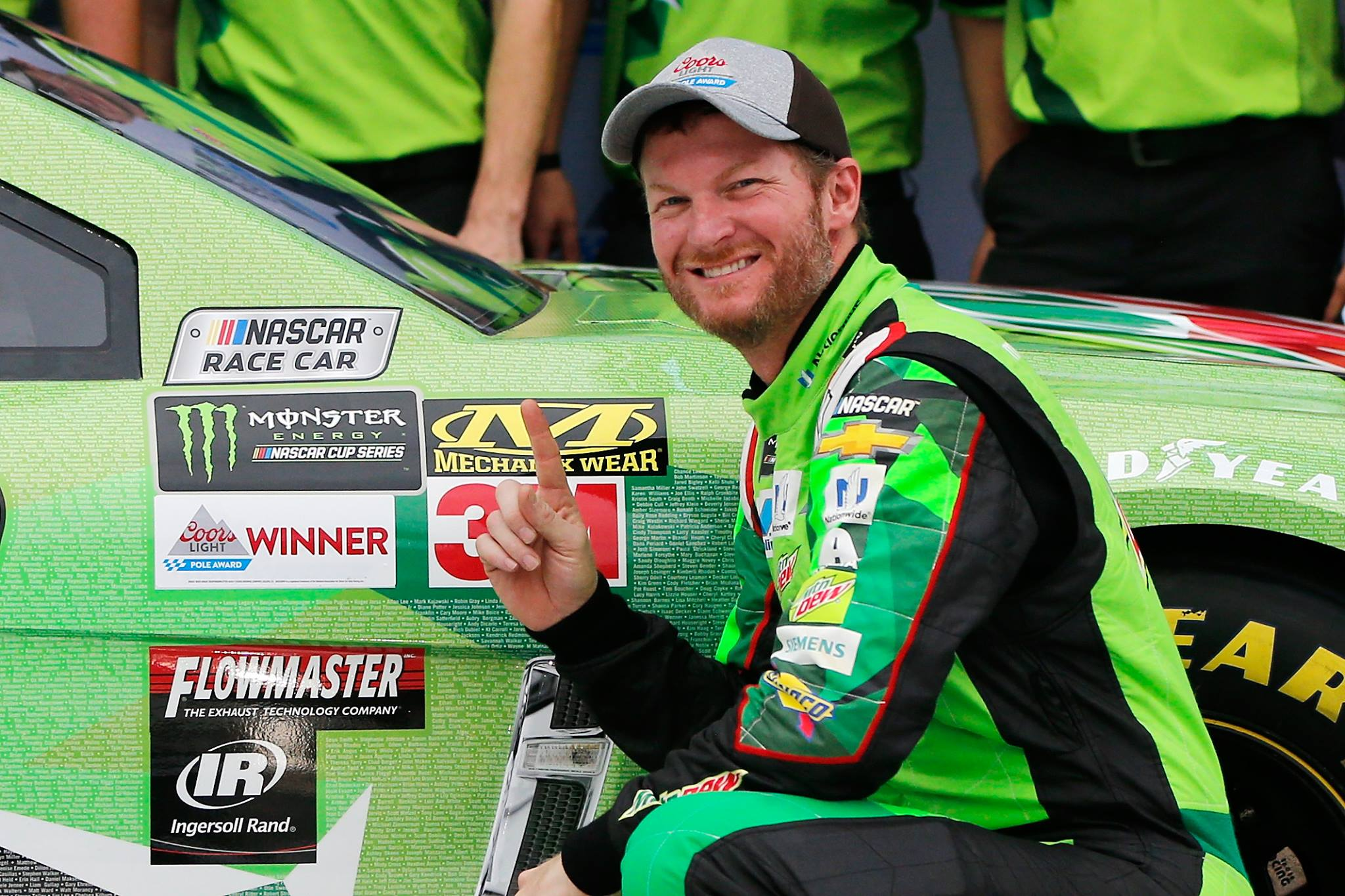 Dale Earnhardt Jr talks racing with past concussions
