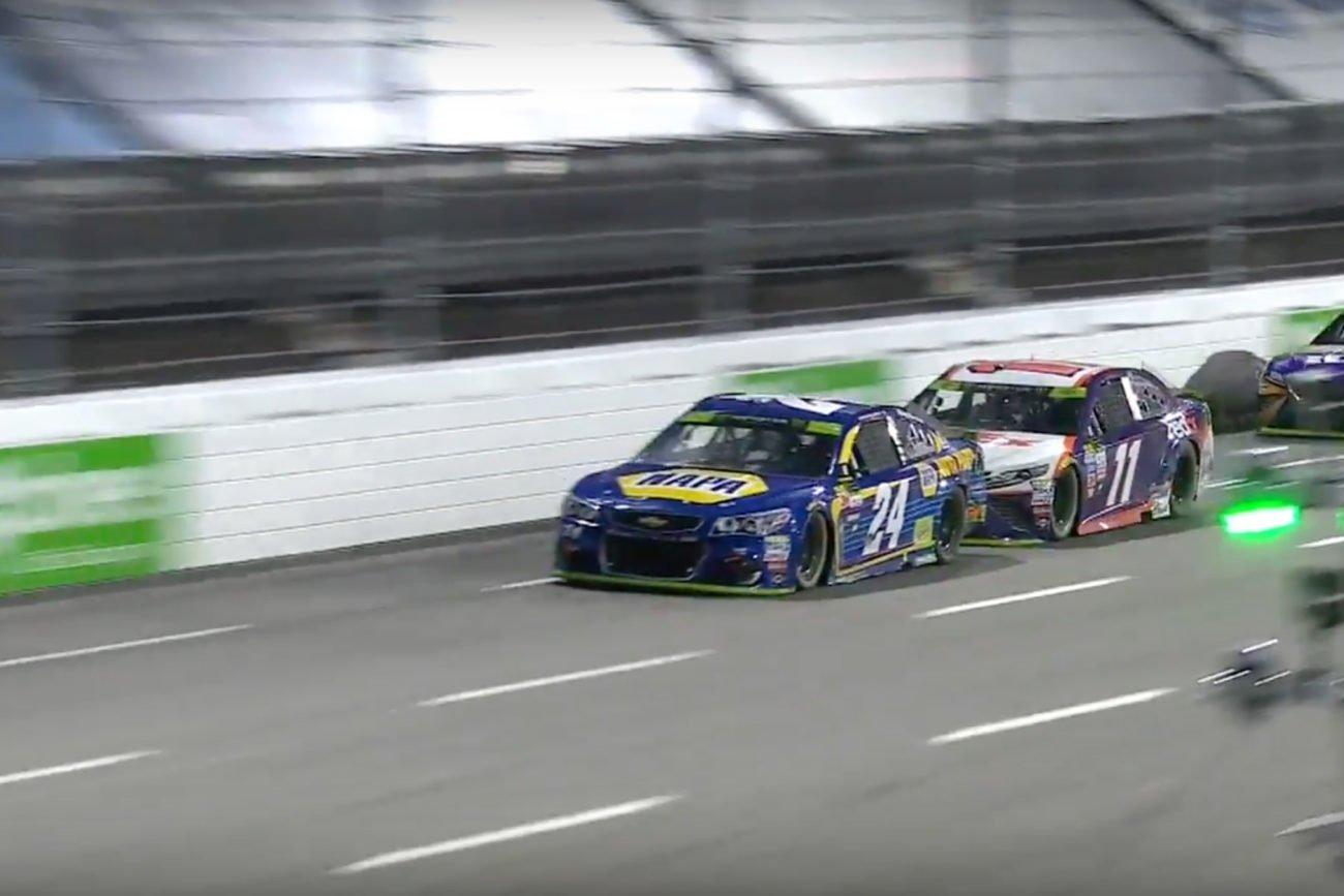 Denny Hamlin bumps Chase Elliott at Martinsville Speedway