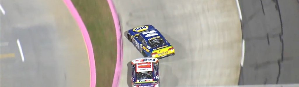 Denny Hamlin vs Chase Elliott at Martinsville Speedway (VIDEO)