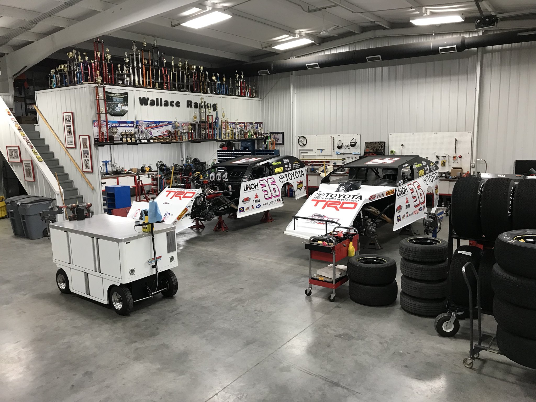 Kenny Wallace Racing shop