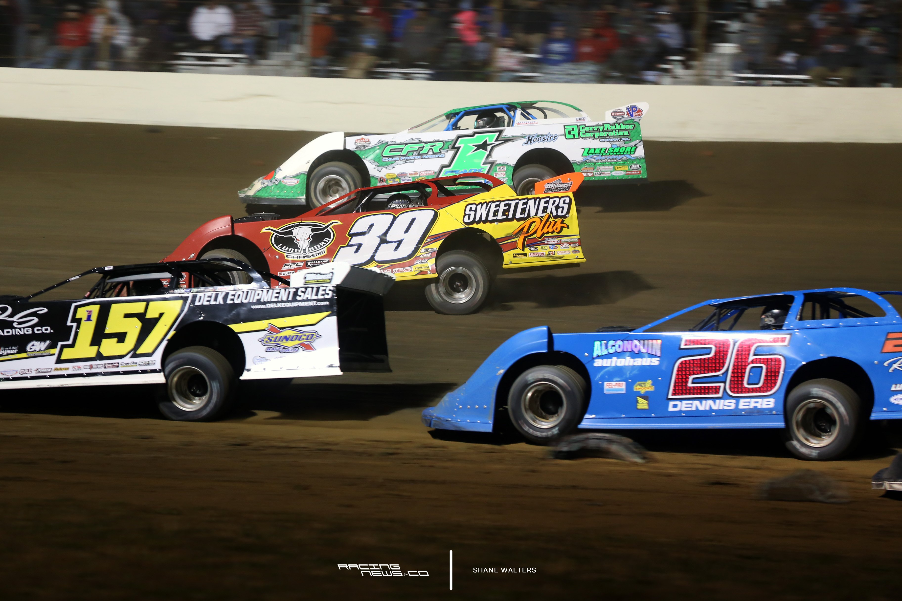 Tim McCreadie 3 wide at the 2017 Dirt Track World Championship 2064