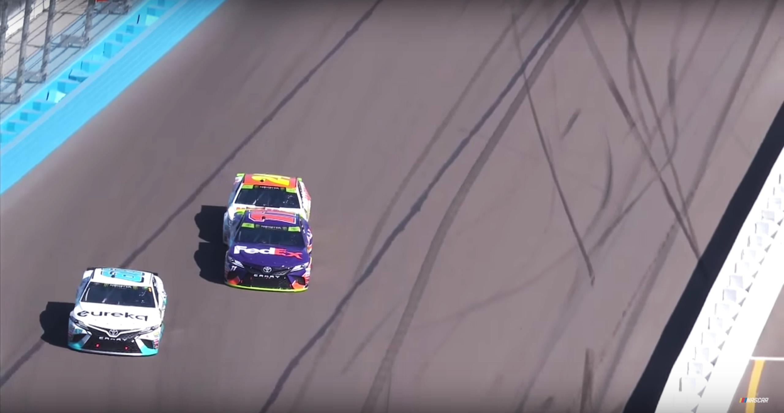 Chase Elliott bumps Denny Hamlin at Phoenix Raceway