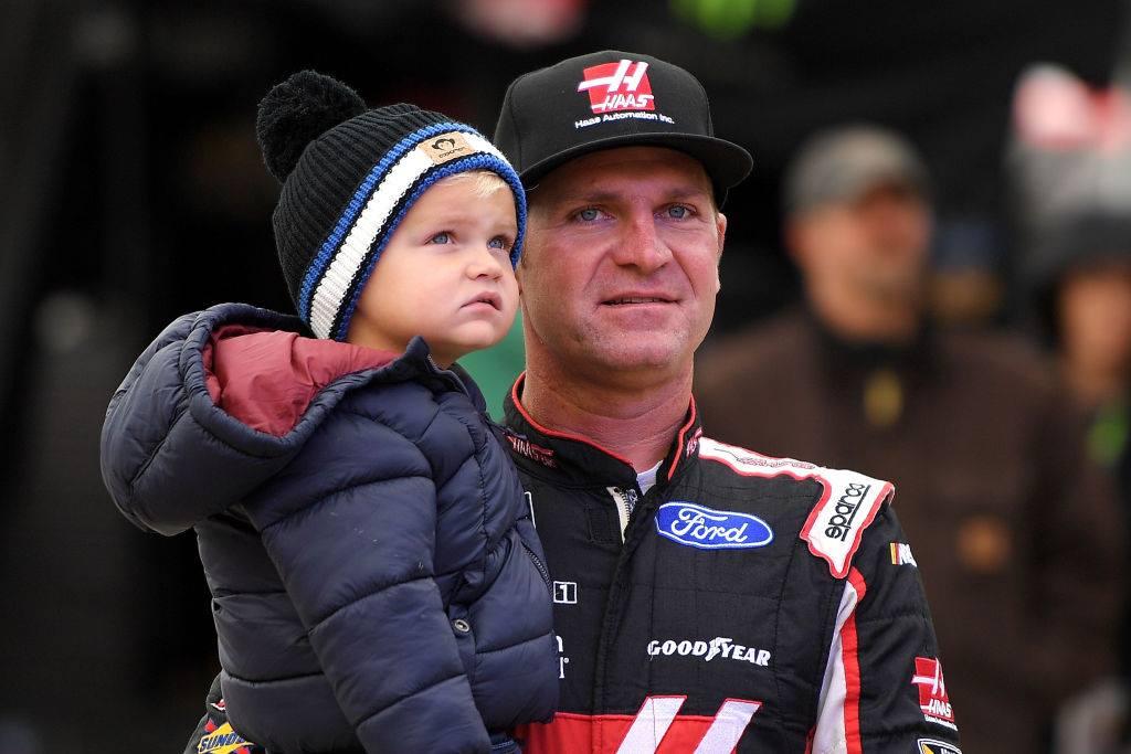 Clint Bowyer at Martinsville Speedway