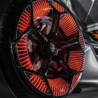 Lamborghini Terzo Photo