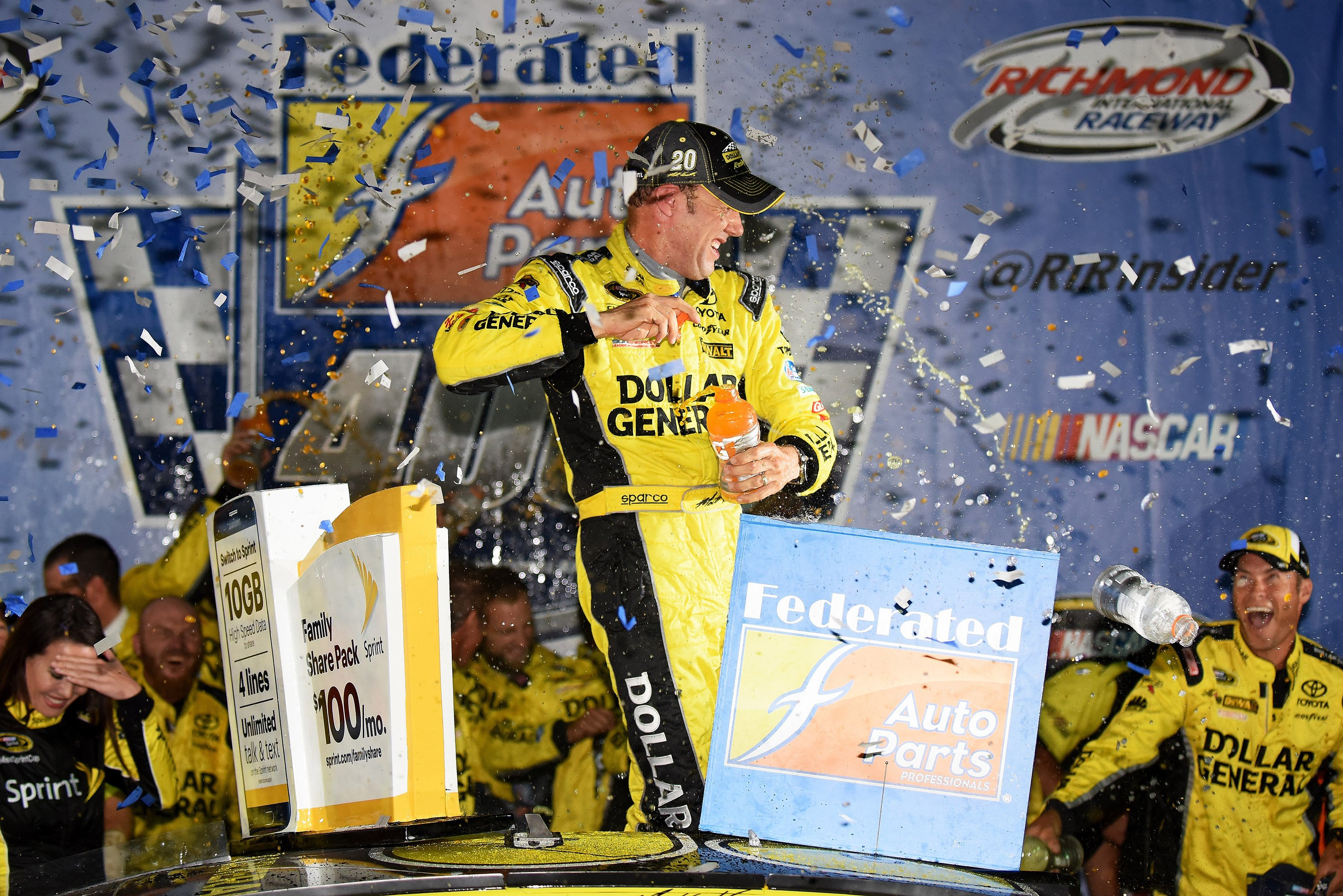 Matt Kenseth wins at Richmond Raceway