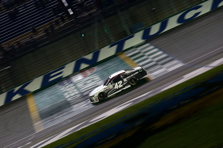 Tyler Reddick wins at Kentucky Speedway