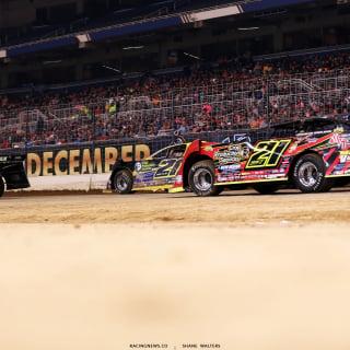 2017 Gateway Dirt Nationals Crowd - Friday 4179