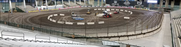 Chili Bowl Nationals issues tire testing warning