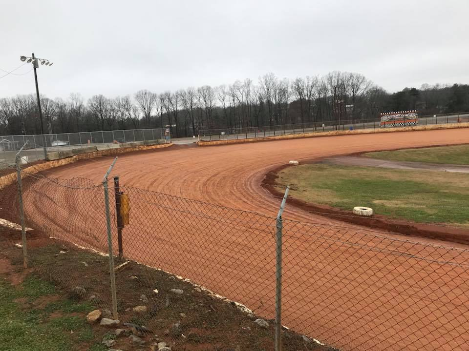 411 Motor Speedway - Ahead of the 2017 Hangover
