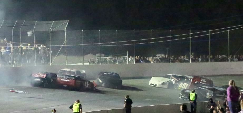 5 Flags Speedway crash