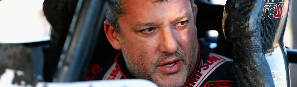 Tony Stewart cusses out bickering drivers on iRacing (Video)