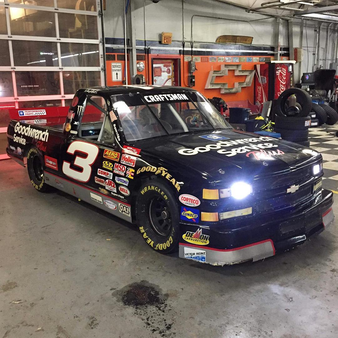 The 'Do it for Dale' guy just bought a #3 NASCAR truck - Racing News