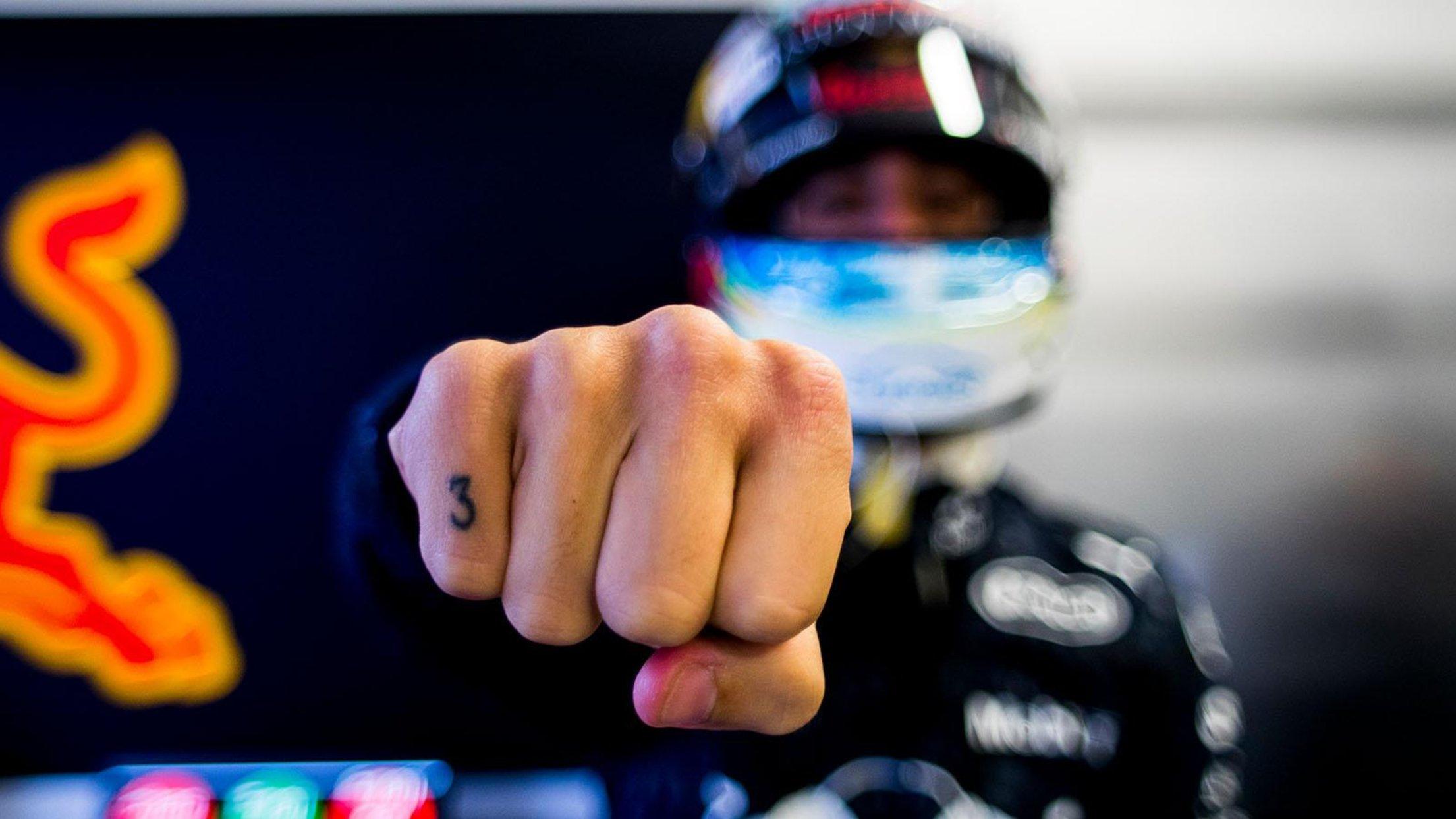 Daniel-Ricciardo-3-tattoo.jpg