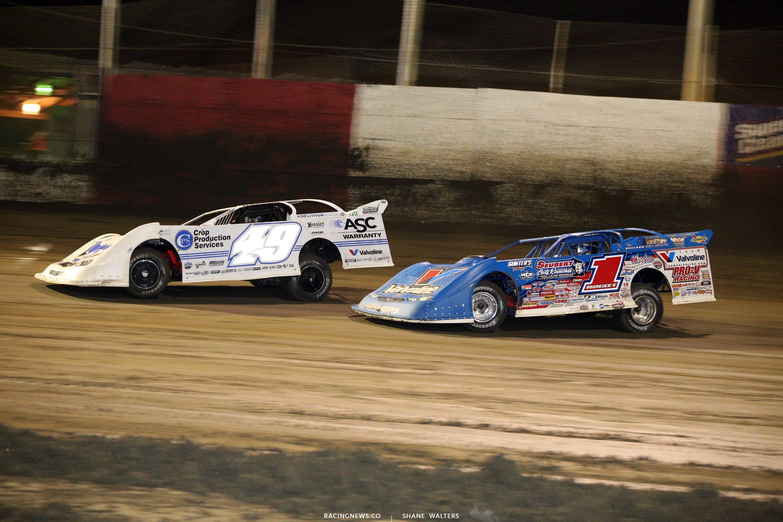 Jonathan Davenport and Brandon Sheppard at East Bay Raceway Park 9925