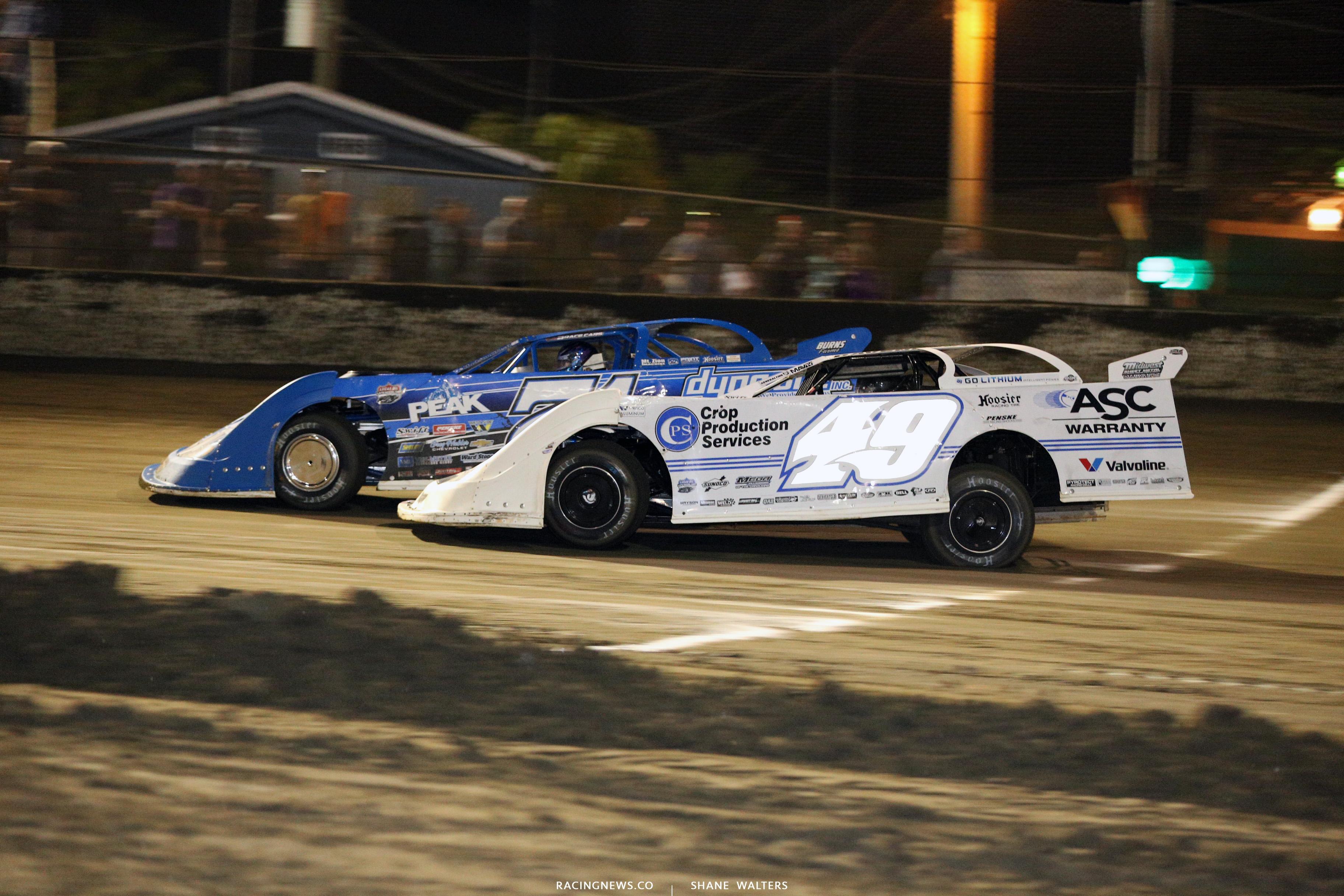 Jonathan Davenport and Hudson O'Neal at East Bay Raceway Park 9921