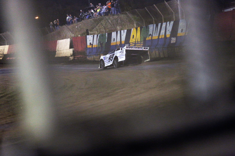 Jonathan Davenport at East Bay Raceway Park 8750