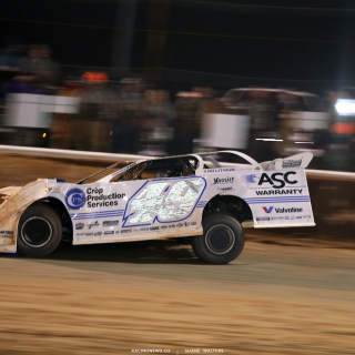 Jonathan Davenport in his Longhorn Chassis at Golden Isles Speedway 7396