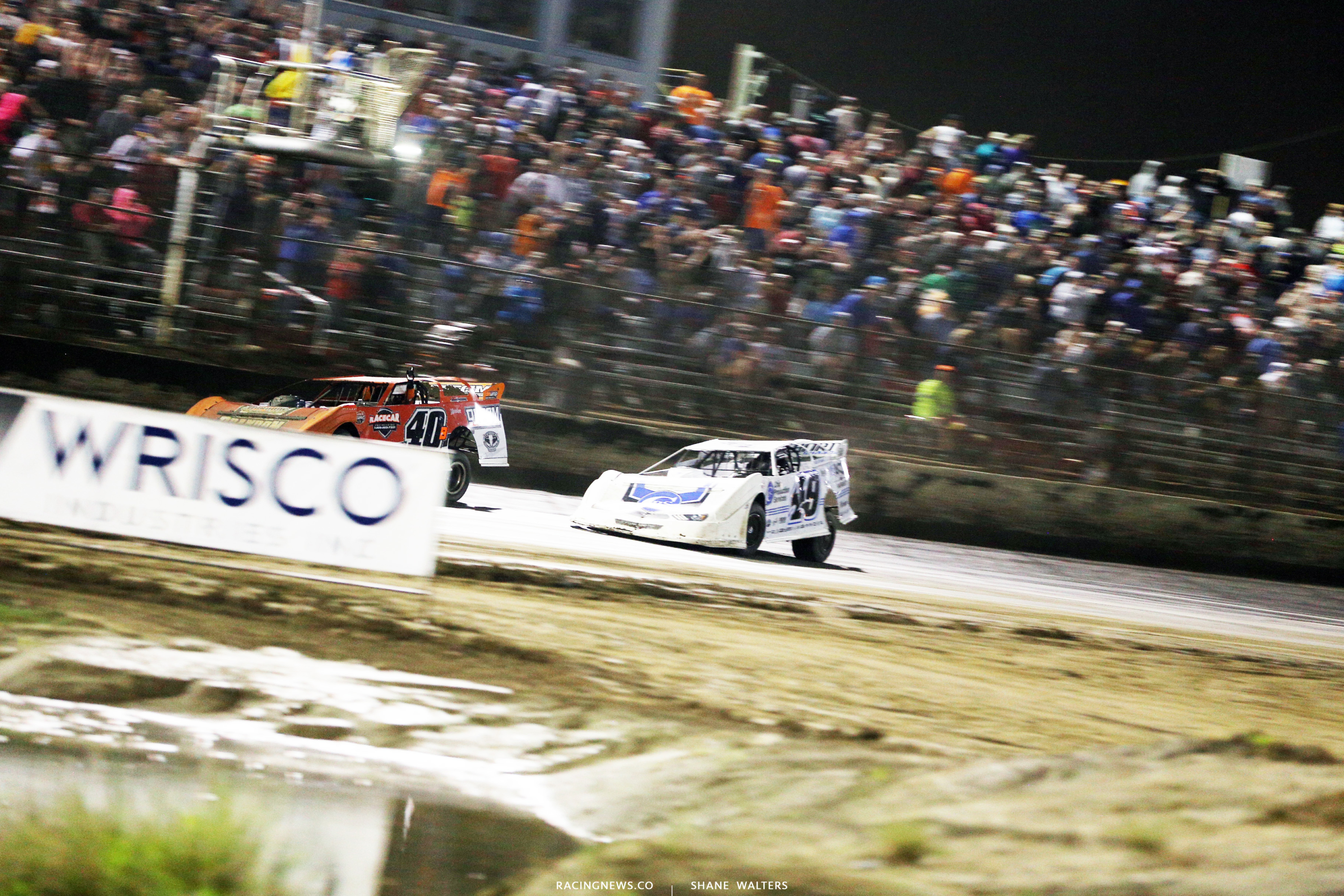 Kyle Bronson wins the Lucas Oil Late Model Dirt Series event at East Bay Raceway Park 0121