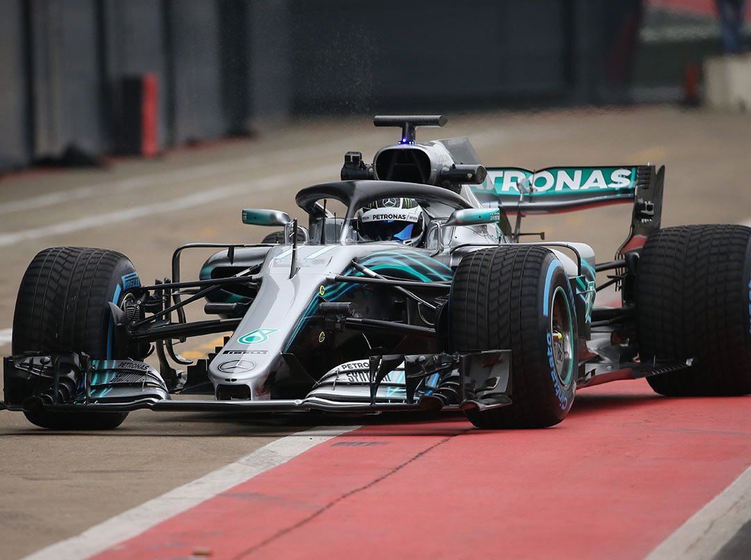 Mercedes AMG Petronas 2018 Formula One car photos