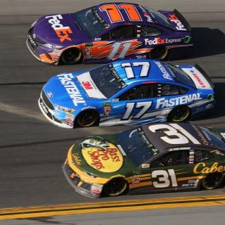 Ryan Neman, Ricky Stenhouse Jr and Denny Hamlin in the Daytona 500