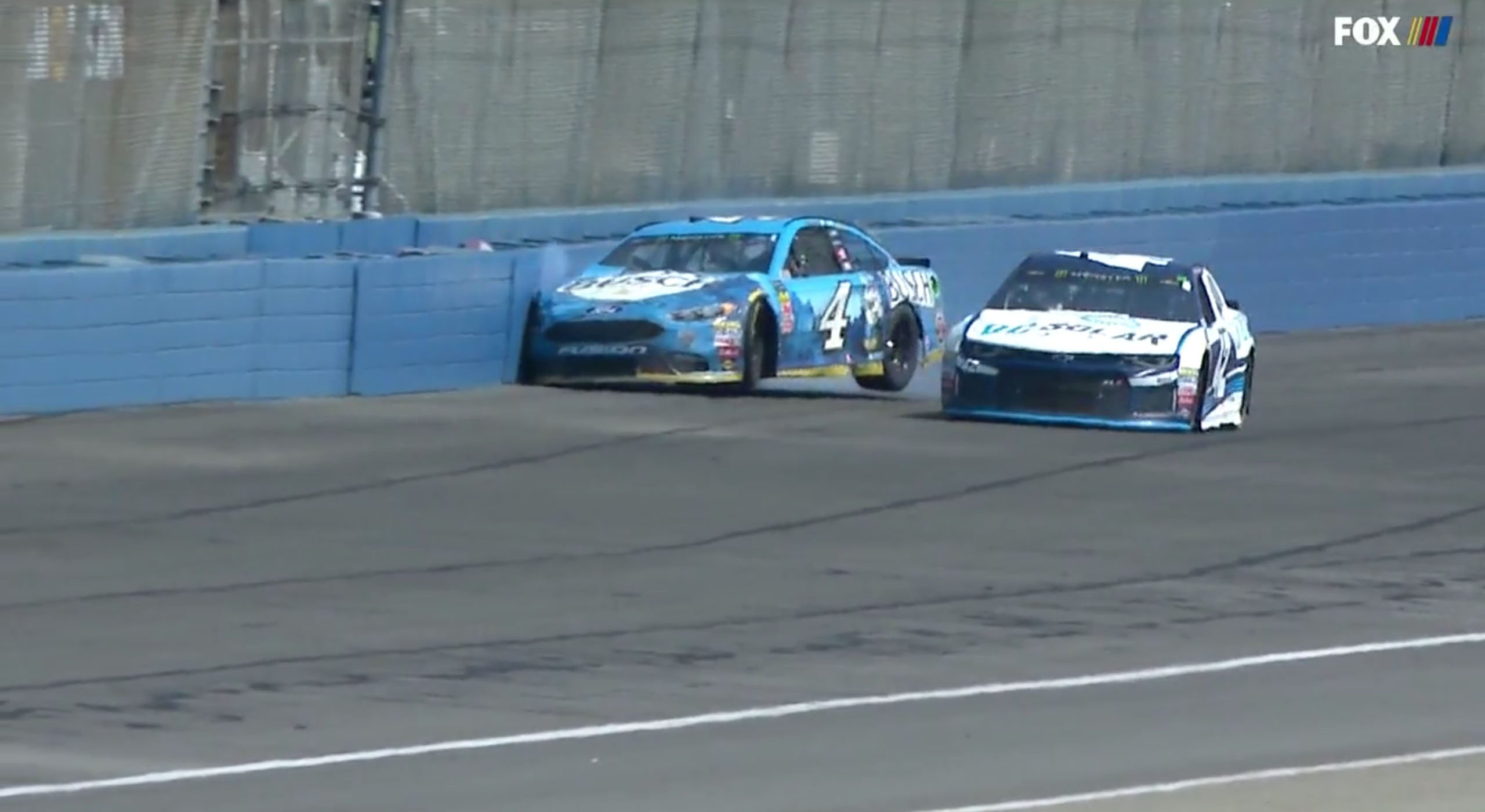 Kevin Harvick and Kyle Larson at Auto Club Speedway