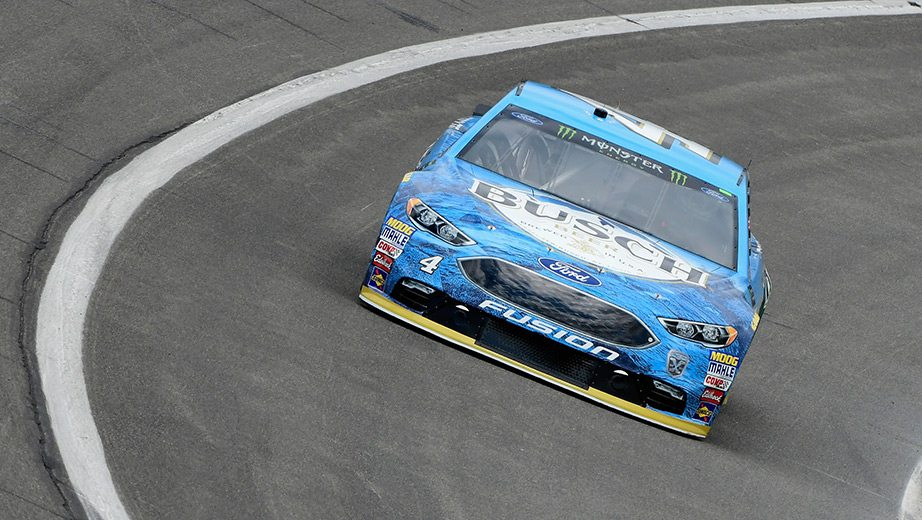 Kevin Harvick at Auto Club Speedway