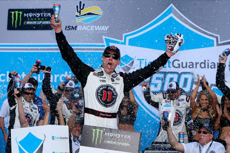 Kevin Harvick in victory lane at ISM Raceway