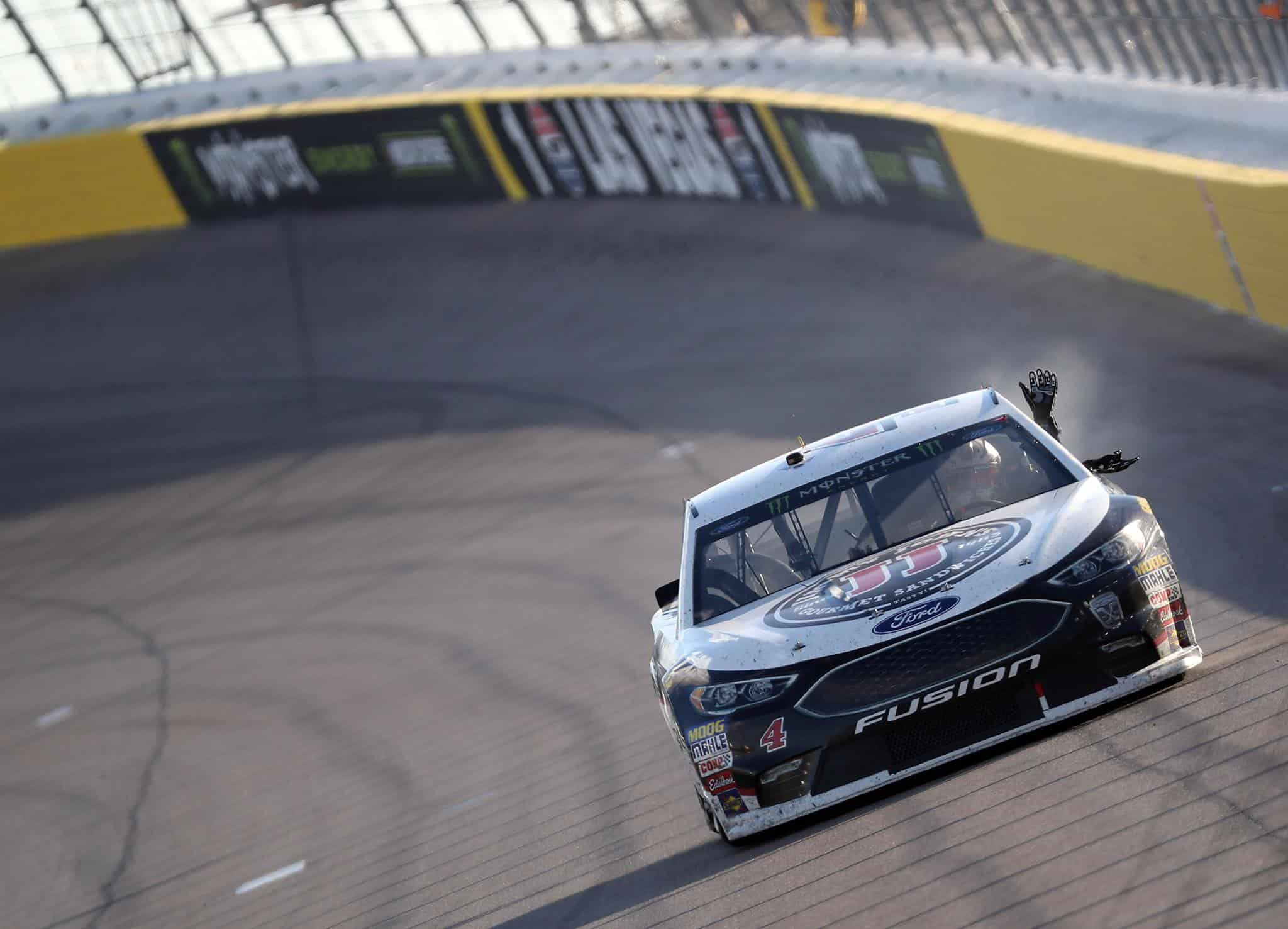 Kevin Harvick wins at Las Vegas Motor Speedway - NASCAR