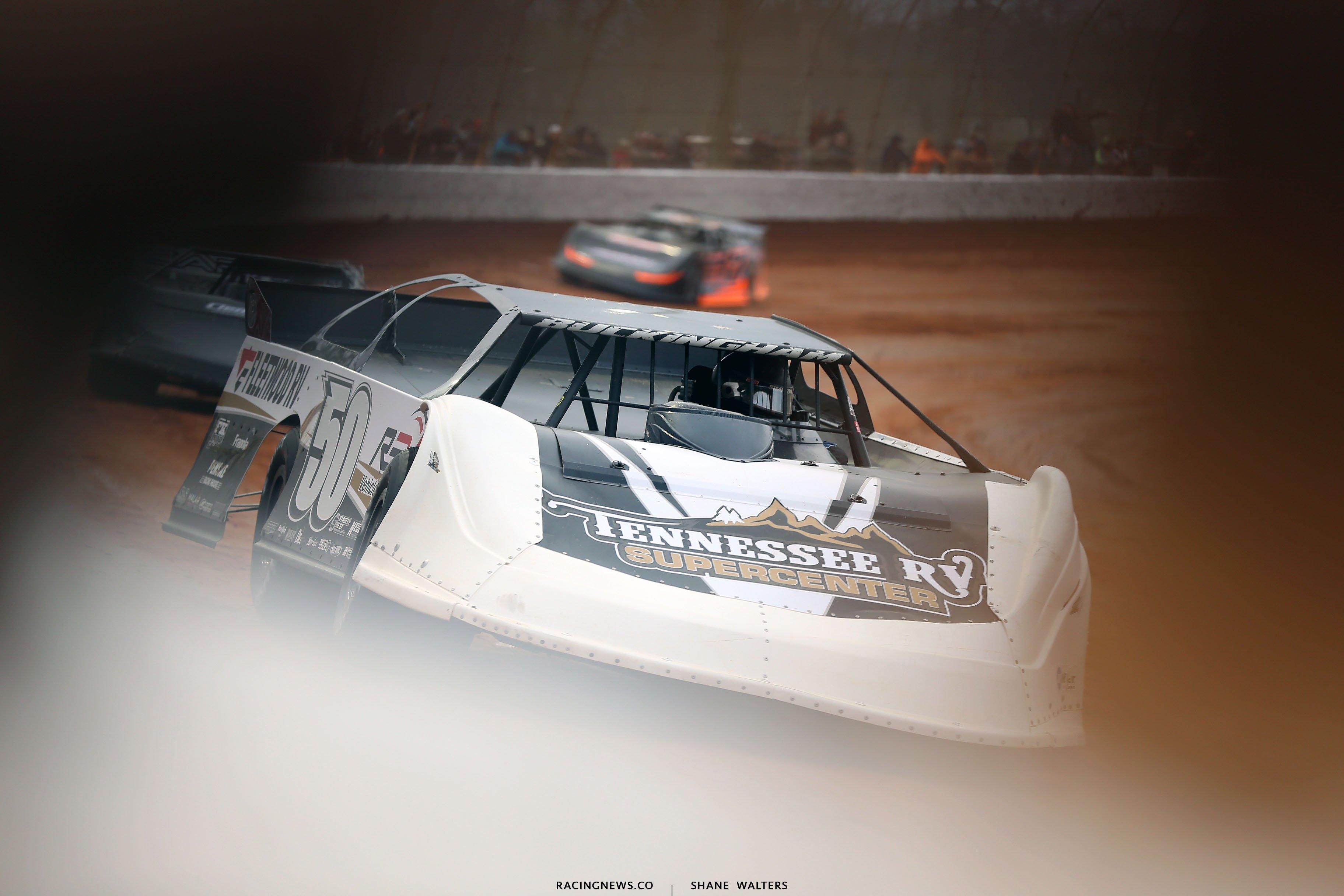 Shanon Buckingham at Boyd's Speedway 1078