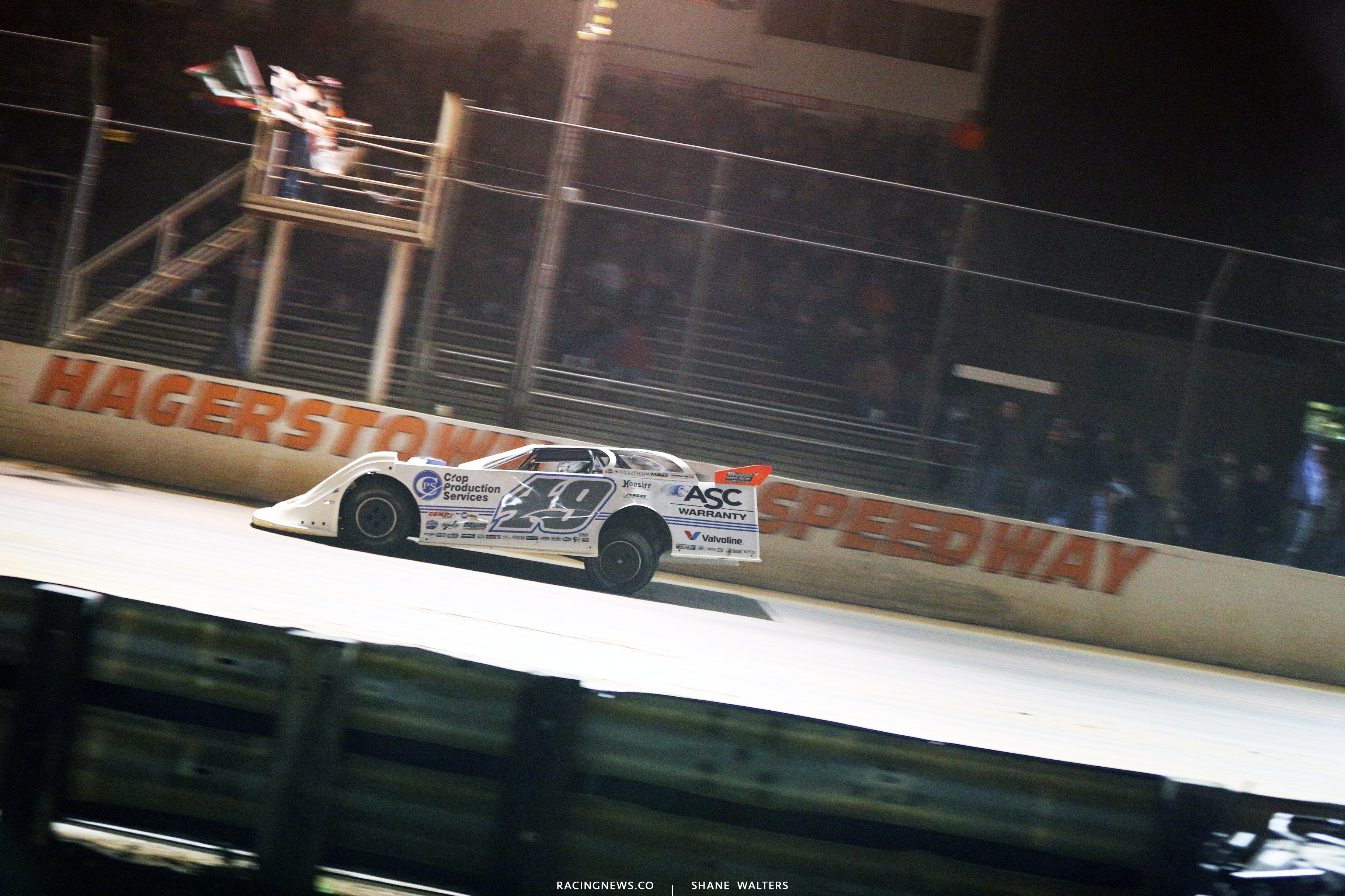 Jonathan Davenport wins at Hagerstown Speedway 3389