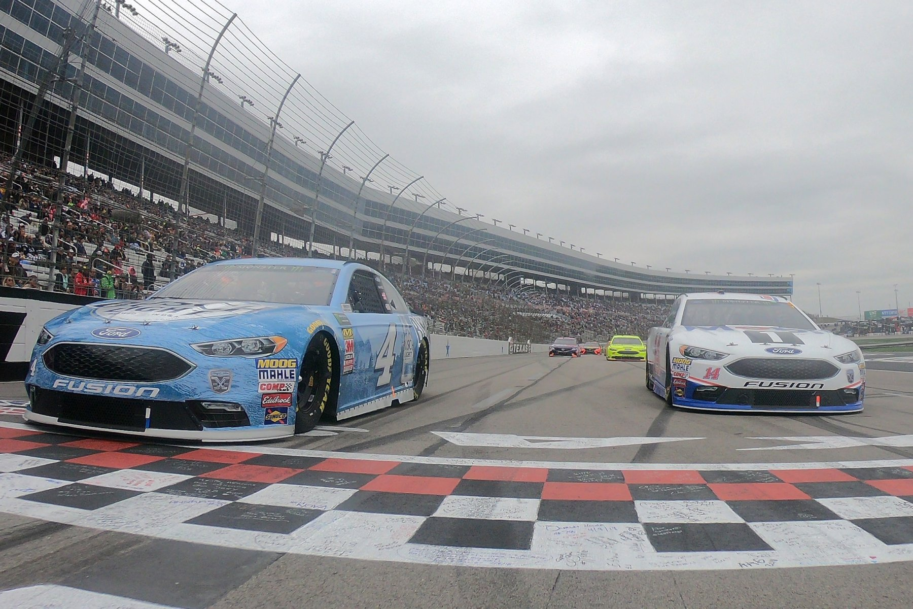 Kevin Harvick and Clint Bowyer at Texas Motor Speedway