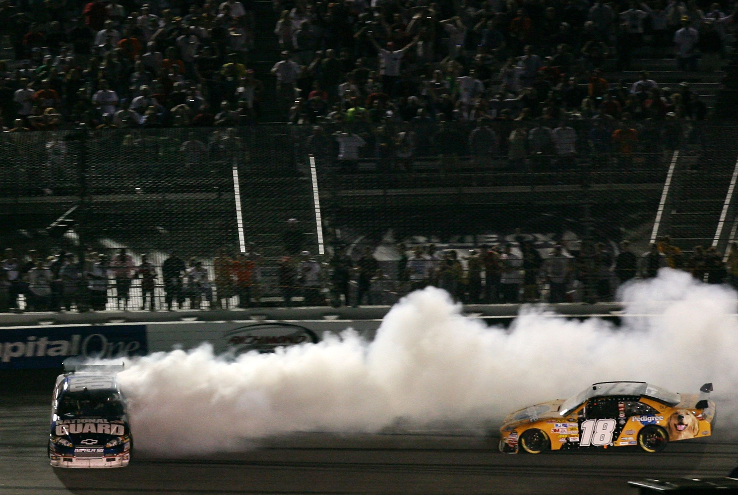 Kyle Busch wrecks Dale Earnhardt Jr at Richmond International Raceway