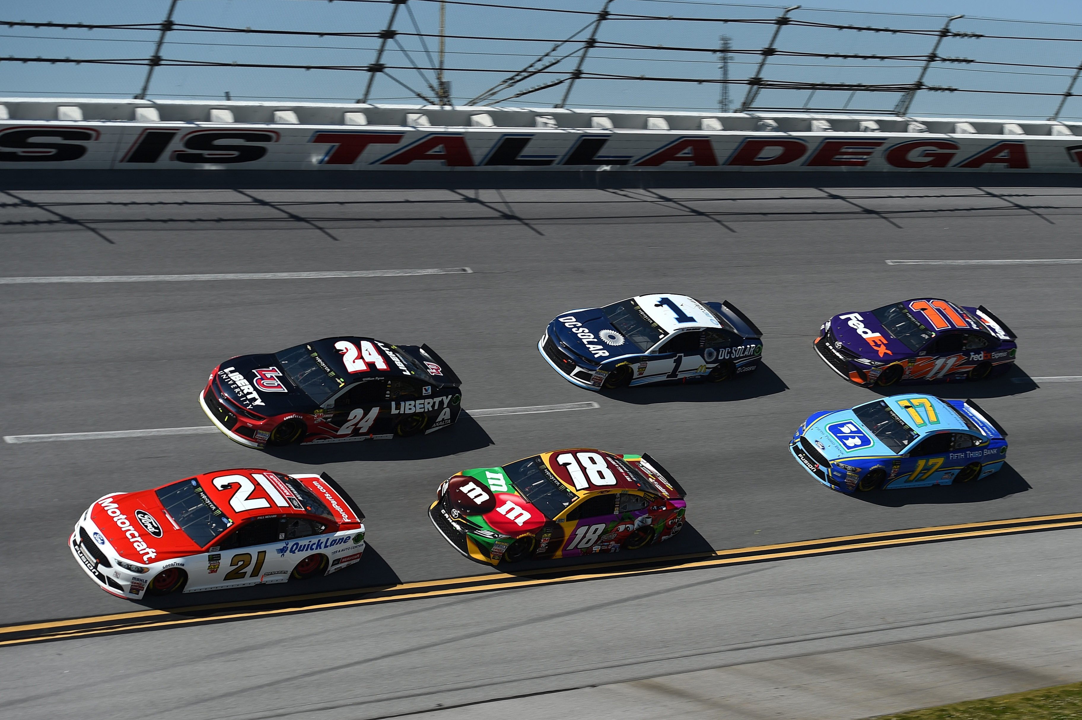 Kurt Busch leads Stewart-Haas sweep at Talladega race track