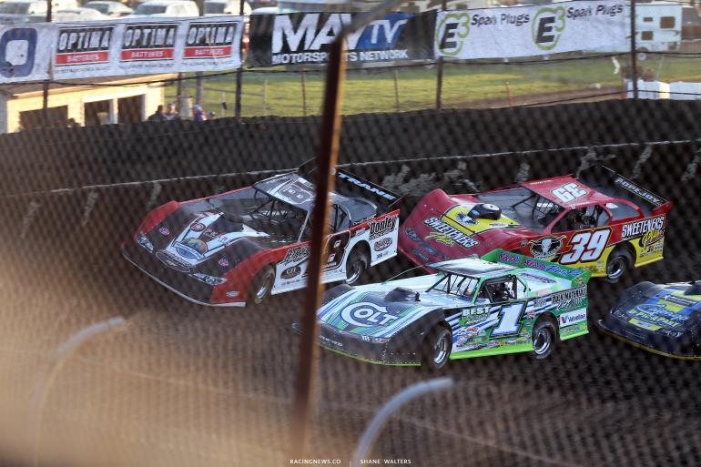 Shannon Babb, Josh Richards and Tim McCreadie at Macon Speedway 5048