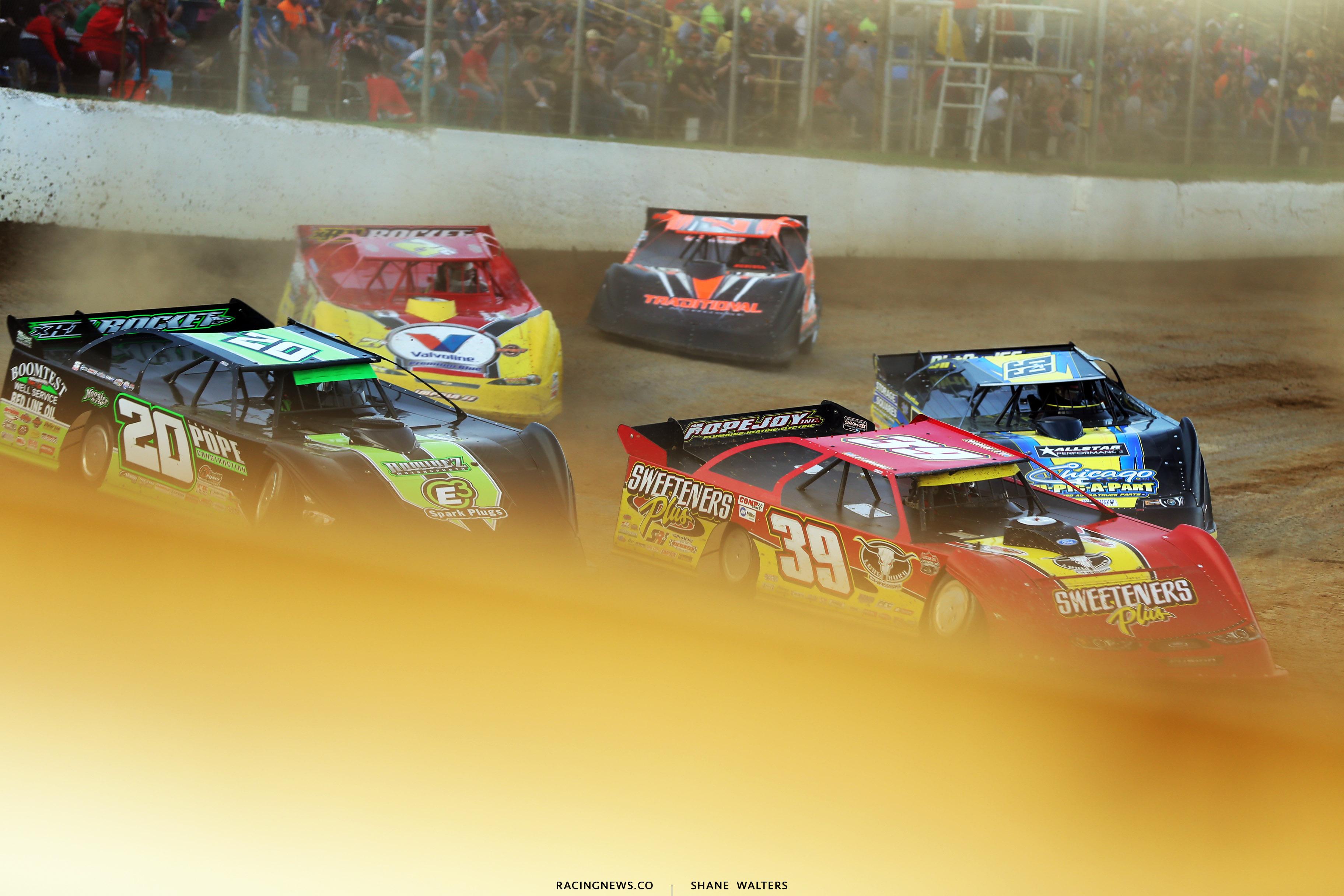 Tim McCreadie, Jimmy Owens and Frank Heckenast Jr at Atomic Speedway 2285