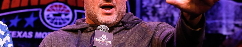 Tony Stewart wants more experienced dirt racers to get a shot in NASCAR