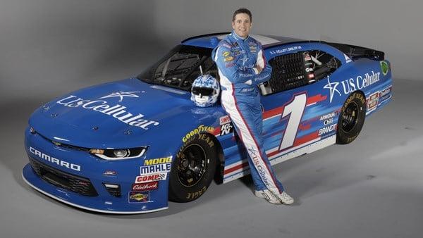 Elliott Sadler - U.S. Cellular paint scheme for Iowa Speedway